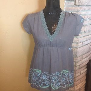 O'Neill embroidered tunic short sleeve top